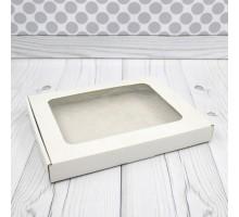 Упаковка с окном, 130x130x30мм, белая, для кондитерских изделий